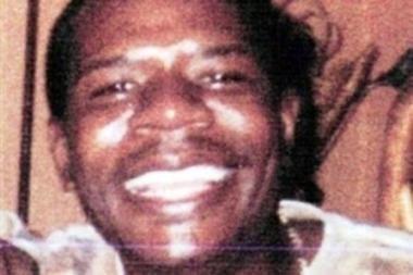 Keturiolikmetė mirtinai užbadė prievartautoją