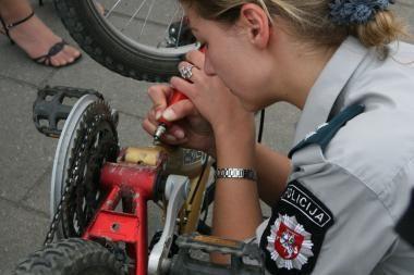 Policininkai žymės klaipėdiečių dviračius