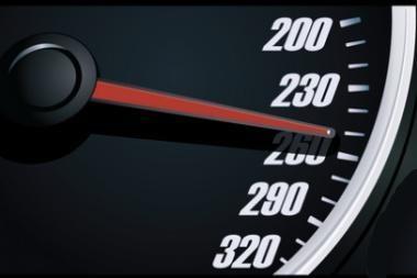 Aklas vairuotojas pasiekė greičio rekordą