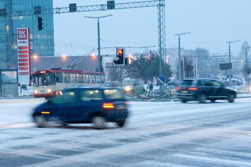 Lietuvoje eismo sąlygos – sudėtingos, ypač šiaurinėje dalyje