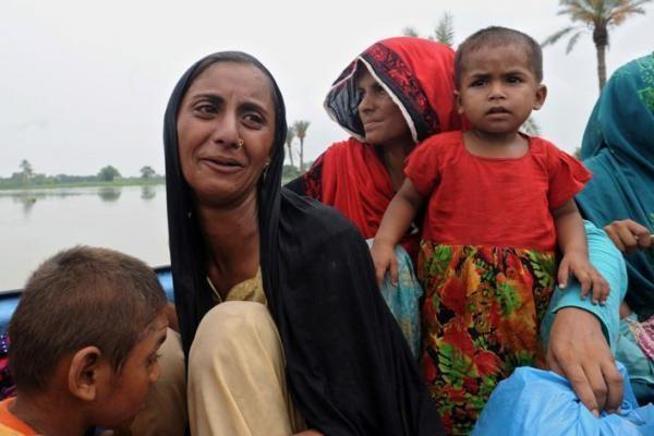 Dėl pagalbos Pakistanui Vakarai varžosi su ekstremistais