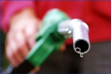Degalų kainos kol kas nepakito