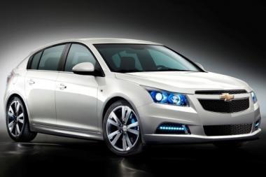 """Naujasis hečbekas """"Chevrolet Cruze"""" – premjera Paryžiuje"""
