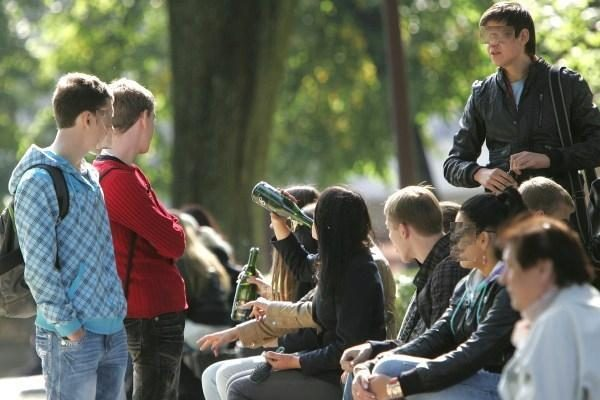 Į Vilniaus ligoninę be sąmonės pristatyta neblaivi nepilnametė
