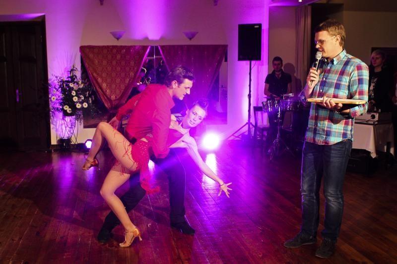 Dietų  kančias keičia malonumas šokti
