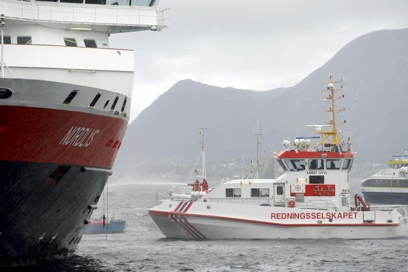 Prie Turkijos krantų nuskendo laivas su 10 ukrainiečių