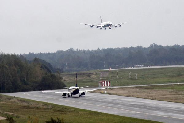 Iš Kauno tiesiamas oro tiltas į Šanchajų (papildyta)