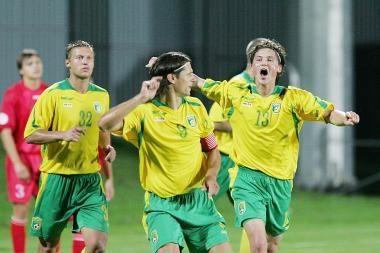 Lietuvos futbolininkų kovos su austrais nerodys jokia televizija