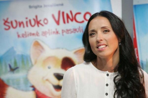 """Išleista nauja knyga vaikams """"Šuniuko Vinco kelionė aplink pasaulį"""""""