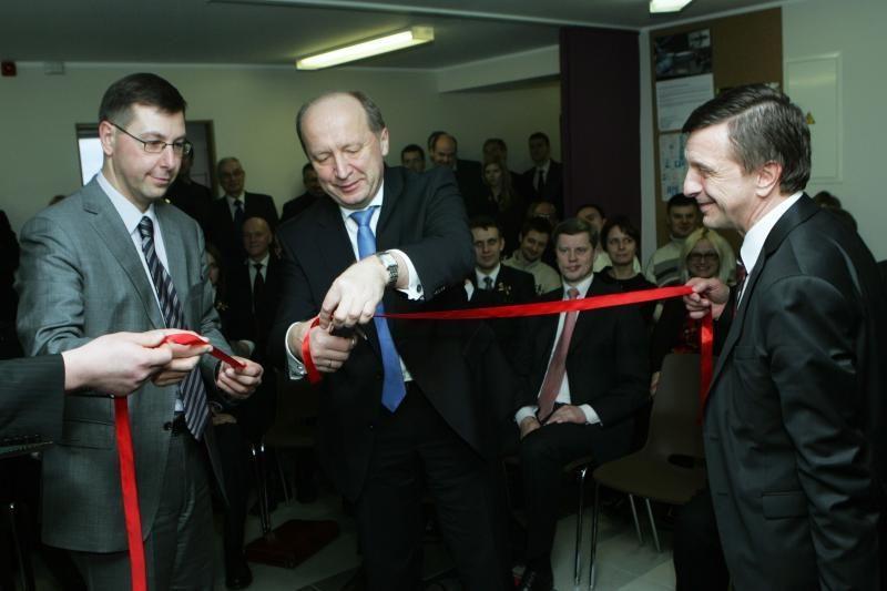 KTU duris atvėrė   jaunimo   verslo   kalvė