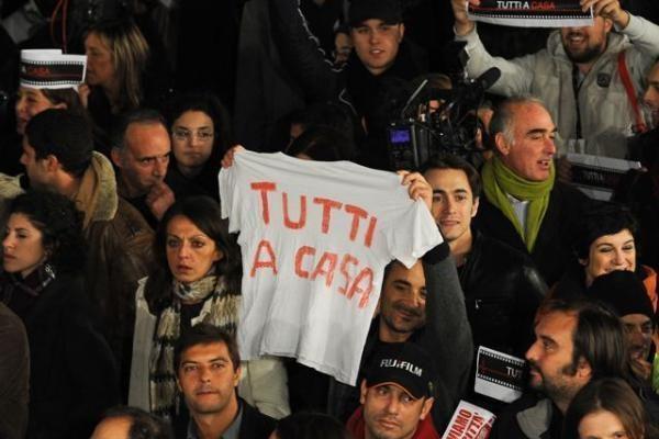 Romos kino festivalio atidarymo ceremoniją sutrikdė protestuotojai