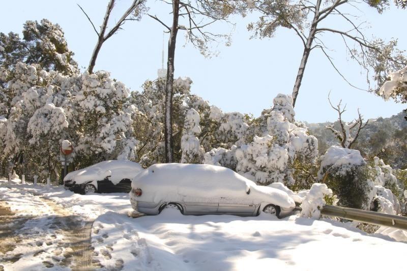 Patarimai, kad žiemą automobilis užsivestų