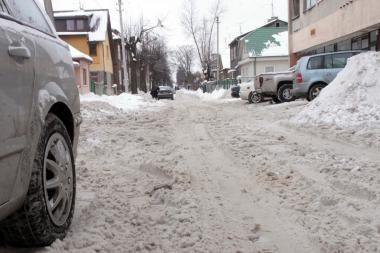 Už nevalytą sniegą valdžia mus baudžia