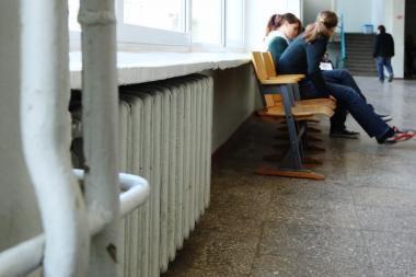 Švietimo įstaigos šildymo sezonui pasiruošti spės