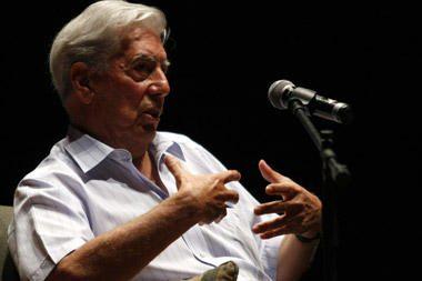 Nobelio literatūros premiją laimėjo Peru rašytojas Mario Vargasas Llosa (papildyta)