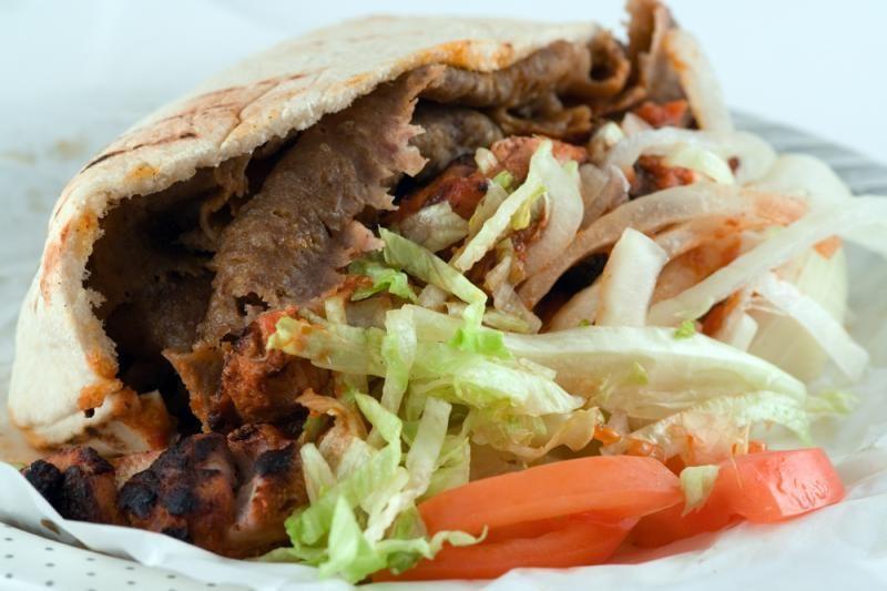 Klaipėdoje dėl pažeidimų sustabdyta kebabinės veikla