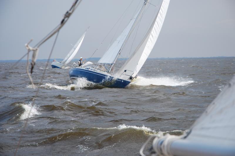 Pirmoji regata Kuršių mariose – bėgant nuo audros