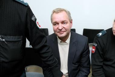Buvęs Alytaus meras Č.Daugėla paleistas į laisvę