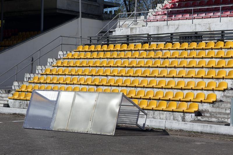 """Vandalai nuniokojo Vilniaus """"Žalgirio"""" stadioną"""