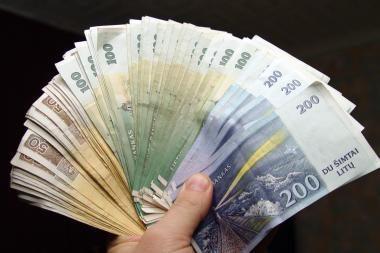 Valstybės institucijos per pusmetį išleido 72 mln. litų