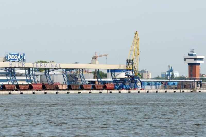 Prieš teismą stos du atsakingi Klaipėdos kranų darbuotojai