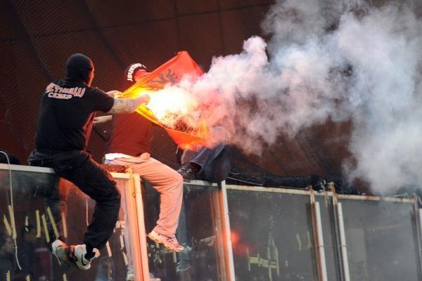 Serbų sirgalių kerštas savo rinktinei – pogromas Italijoje