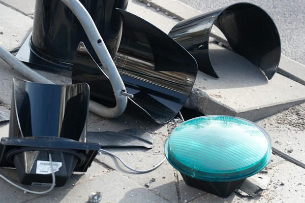 Automobilis Vilniuje partrenkė tris žmones