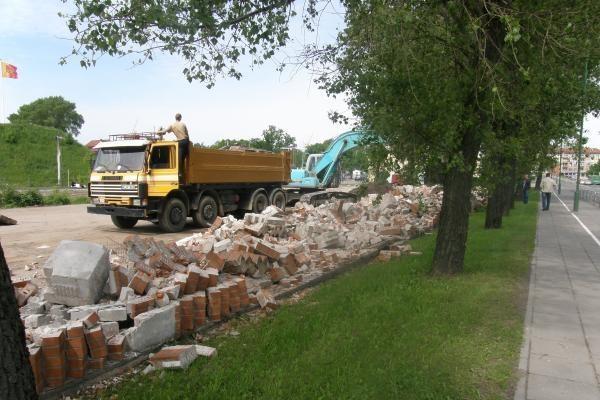 Nugriauta klaipėdietiška Berlyno siena