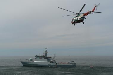 Jūroje - Karinių jūrų pajėgų laivų taktiniai mokymai