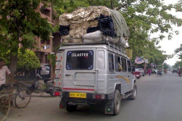 Indijos kelių policija pažeidėjams drausminti pasitelkė internetą