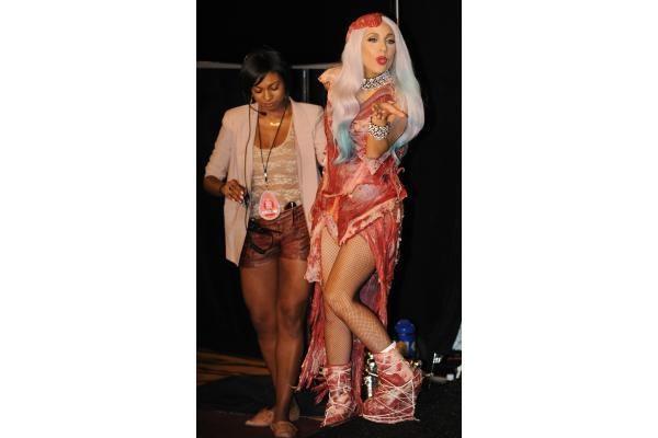 Lady Gaga – blogiausiai besirengianti pramogų pasaulio atstovė