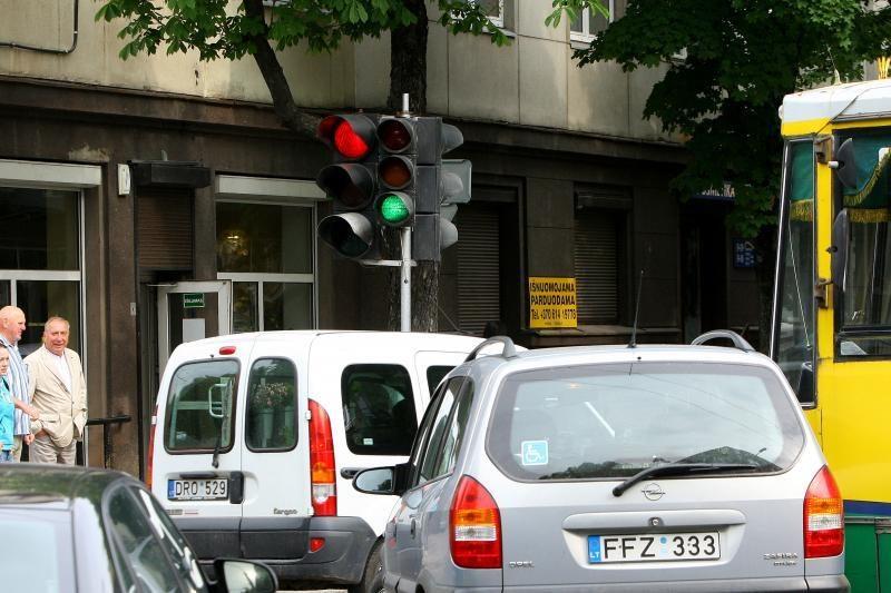 Avarijos kaltininkas – žalias šviesoforo signalas