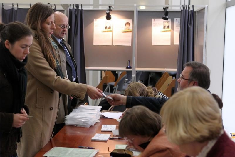 Antrajame rinkimų ture rinkėjų eilės gerokai trumpesnės