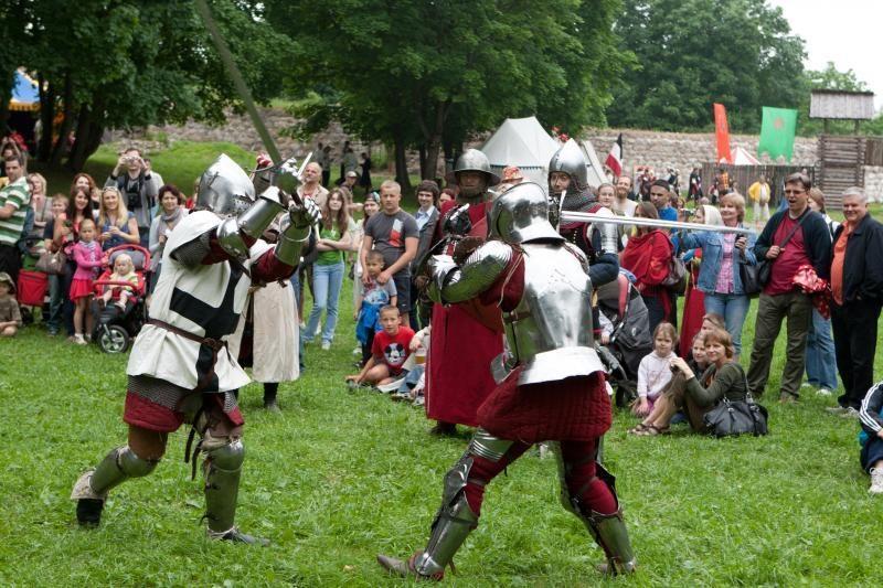 Savaitgalis Trakuose – spalvingu Viduramžių ritmu