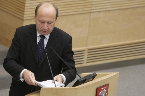 """VTEK spręs, ar tirti """"darbiečių"""" skundą dėl A.Kubiliaus interesų"""