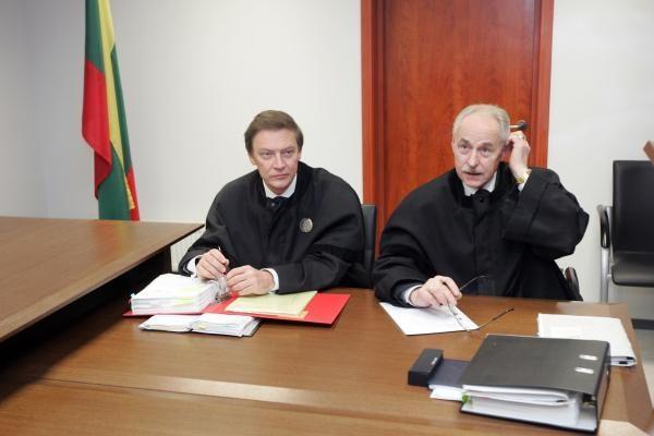 A.Butkevičiaus ir G.Kazako byloje vėl pertrauka