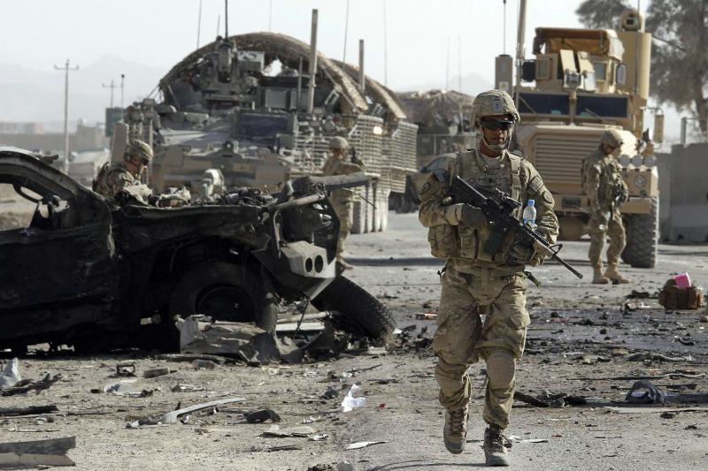 Afganistano karys nušovė keturis karius iš Prancūzijos