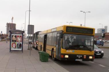 Autobuso keleivis smogė vairuotojui į veidą
