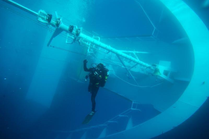 Nuskendusiame laive rasti 12-osios aukos palaikai