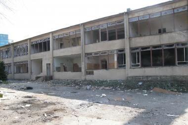 Buvusios mokyklos nugriovimui prieštarauja Vyriausybė
