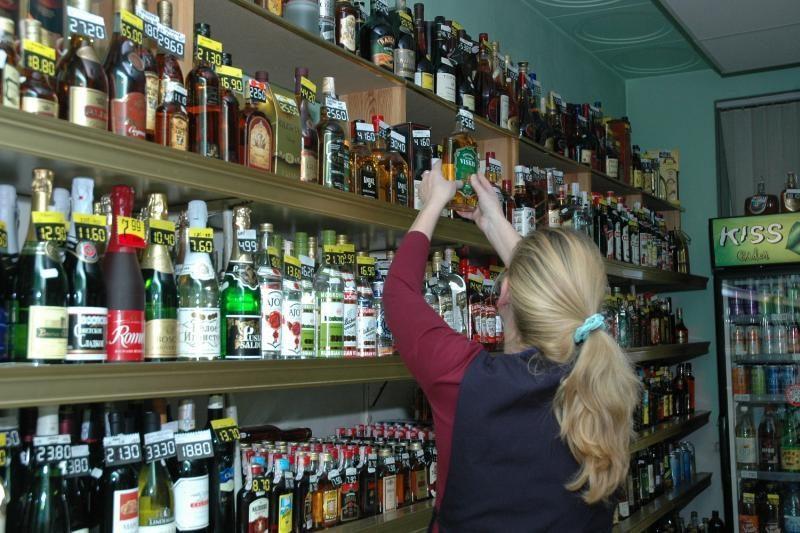 Nuo sausio 1-osios sugriežtinta prekyba alkoholiu
