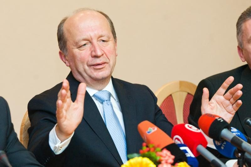 A.Kubilius kartoja tikintis politikų racionalumu, svarstant biudžetą