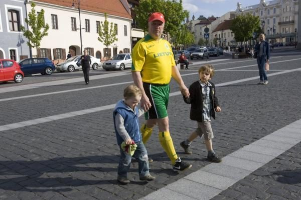 Rotušės aikštėje - futbolo varžybos
