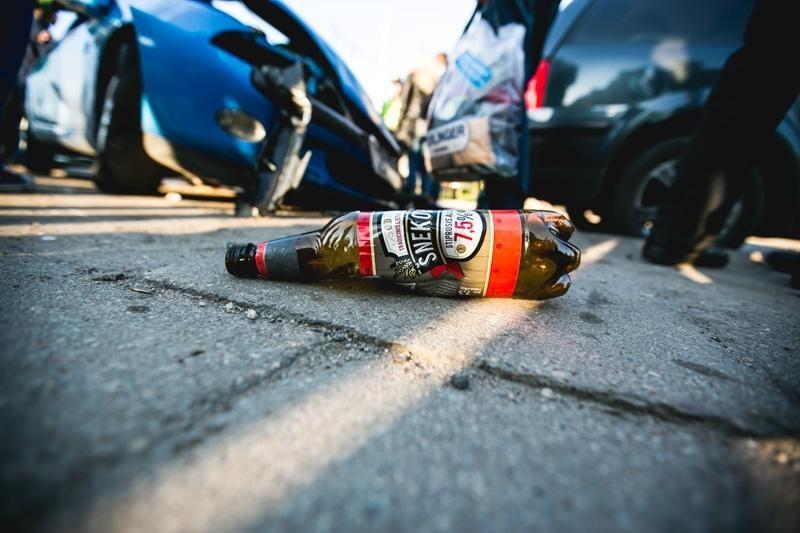 Masinę avariją Kaune sukėlęs vairuotojas bando išsisukti