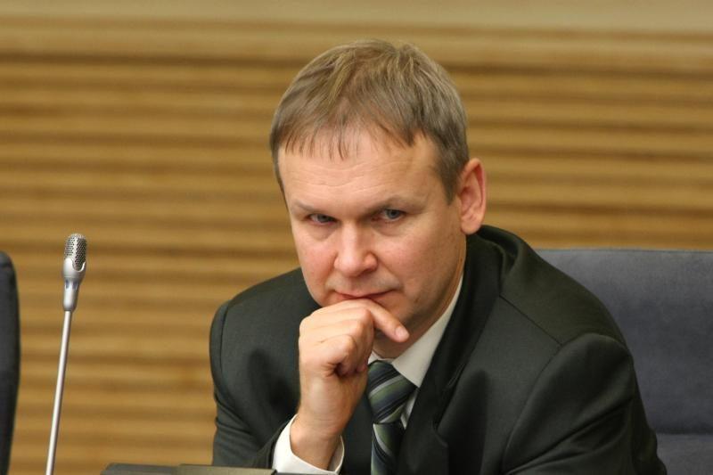 Antikorupcijos komisija prašo atšaukti įsakymus dėl FNTT vadovų