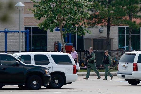 Teksase užpuolikas subadė mažiausiai 14 žmonių