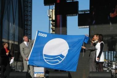 Neringos paplūdimiai apdovanoti Mėlynąja vėliava