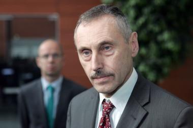 Socialdemokratai energetikos ministrui A.Sekmokui grasina interpeliacija