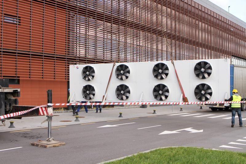Klaipėdos arenoje skubama sumontuoti ledo įrangą