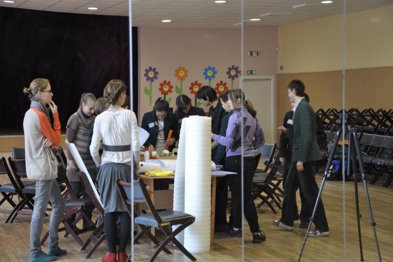 Klaipėdos moksleiviai norėtų dirbti pinigais lyjančioje aplinkoje